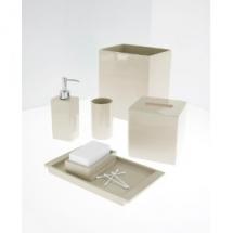 lacquer-amenities-set-1