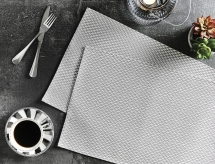 checkers-metallic-placemat-ref-tp_7725007928757554437f